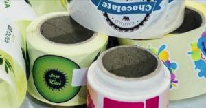 autocollant-en-bobine pour multiples usages comme emballage, étiquetage, alimentation...